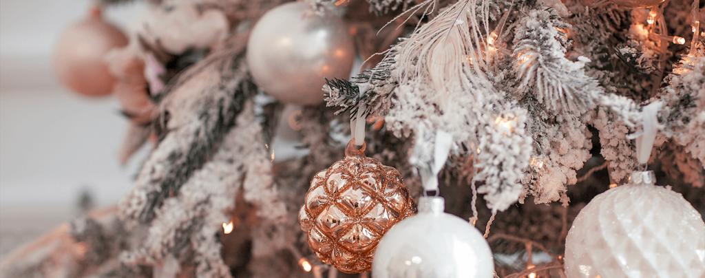 living-color-christmas-decoration-ideas-rose-gold